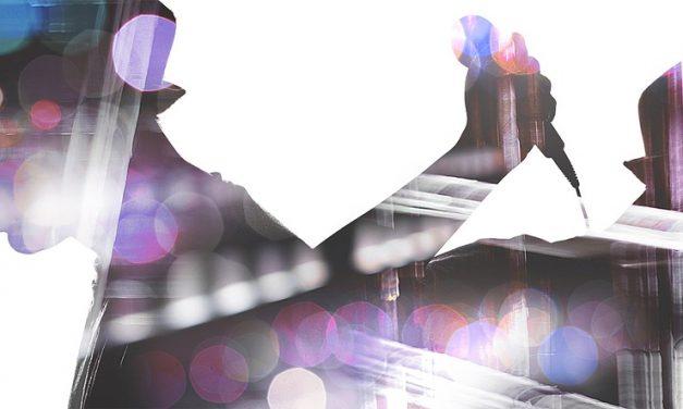Maroon – Setzen! – 5 – eine der wohl schlechtesten Half Time Shows in der Superbowl-Geschichte